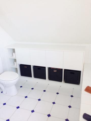 Meuble de rangement pour toilettes - Mobilier sur mesure